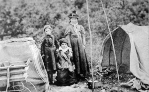 Gipsies-Camp-Chobham-Common-6791_1_3-slide-3105-ESP